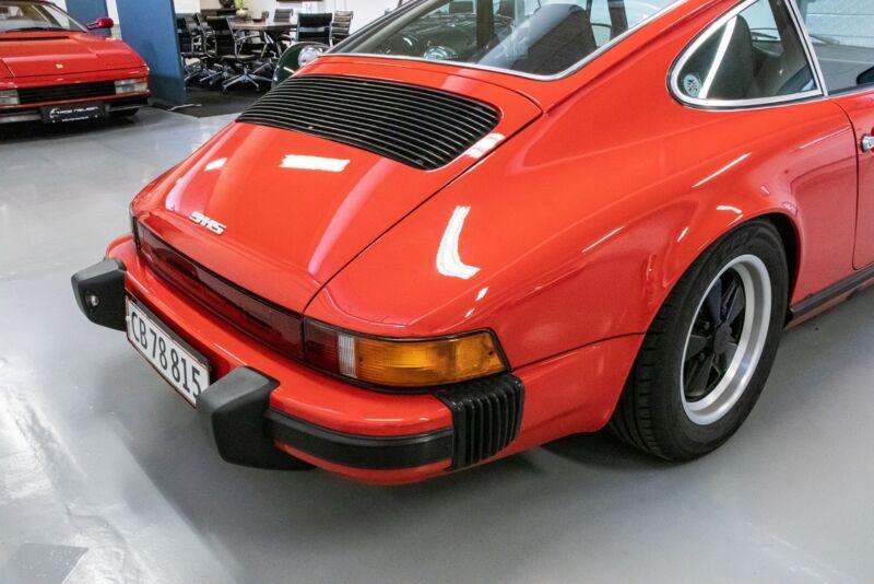 Porsche 911 S - 6