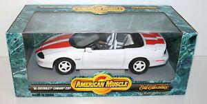 Ertl-1-18-7296-1996-Chevrolet-Camaro-Z28-Blanco-Naranja