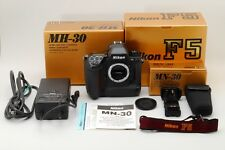 【MINT in BOX】 Nikon F5 35mm SLR Film Camera + MF-27 MN-30 MH-30 from Japan #1640
