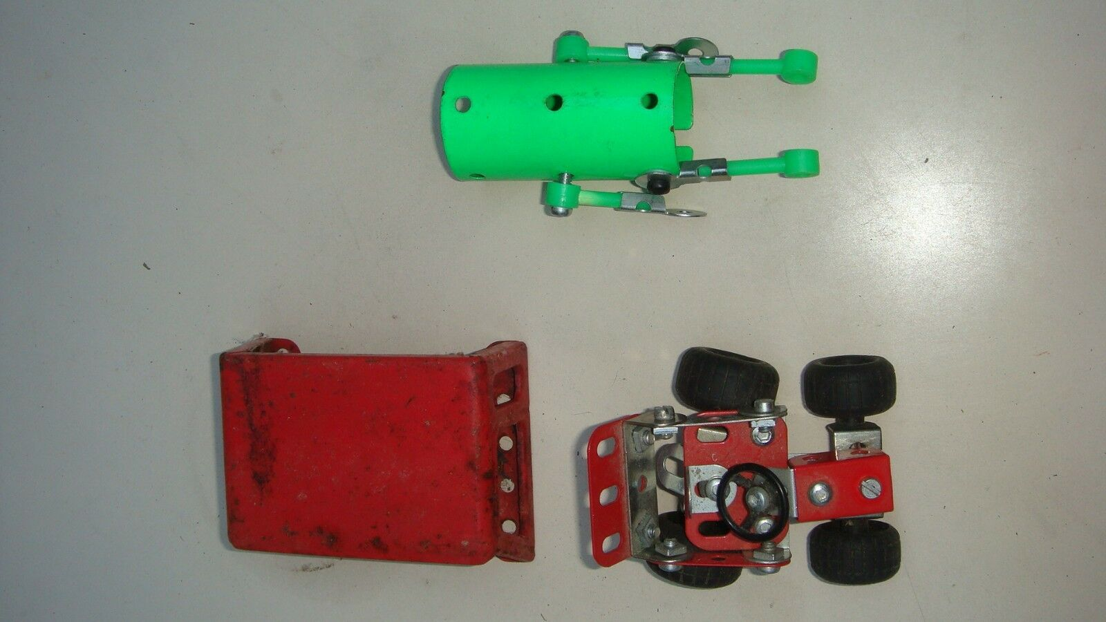 Meccano lot de pièces anciennes rares et et et vintage. Lot 7 Robot voiture 7a62e6