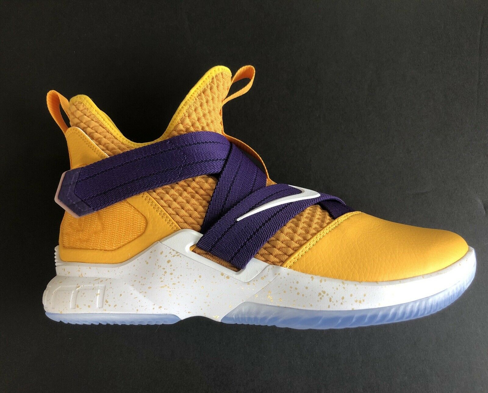 Nike LeBron iD Soldier XII Lakers Purple gold Speckle AR6333-991 In Hand Size 10