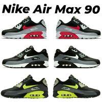 Jetzt klicken und mehr erfahren über: Nike Air Max 90 Essential...
