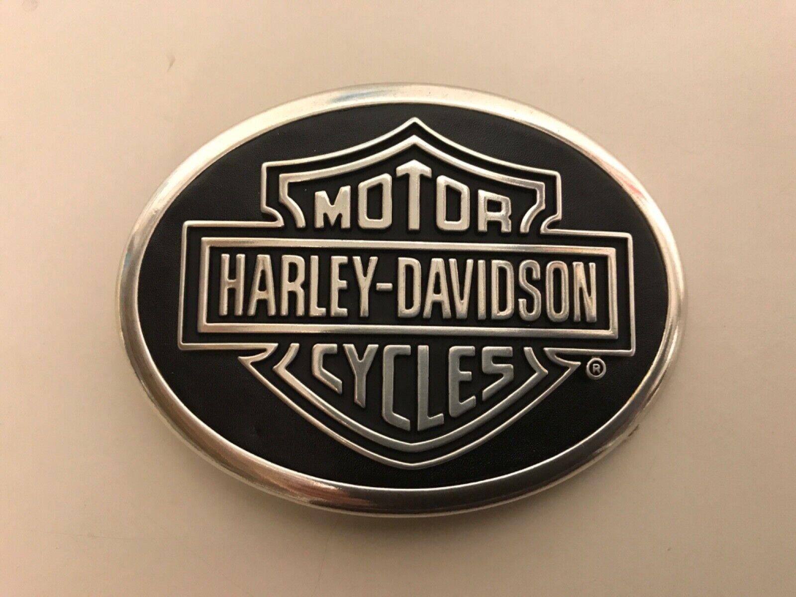 .Harley-Davidson men's Classic Bar & Shield belt buckle.#99580-08VM.Silver plate