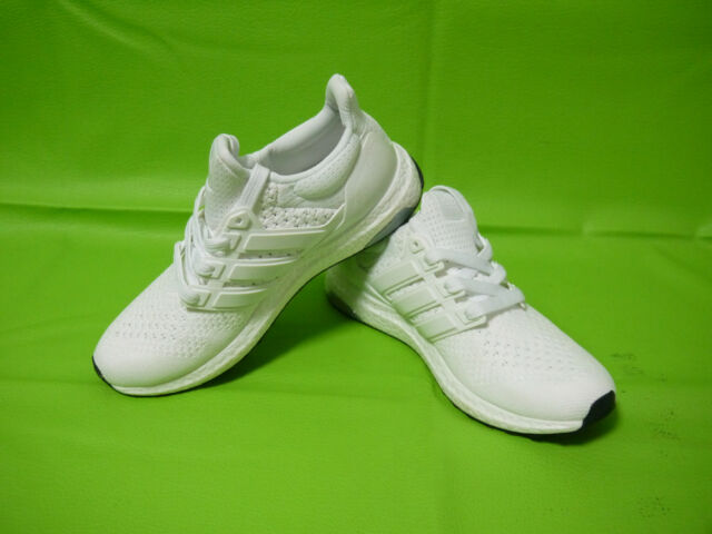 317b27e61 Adidas Ultra Boost 1.0 Triple White Deadstock Men s Athletic Shoes Size 8.5