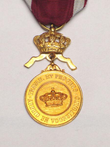 Médaille Civile_01_ordre De La Couronne