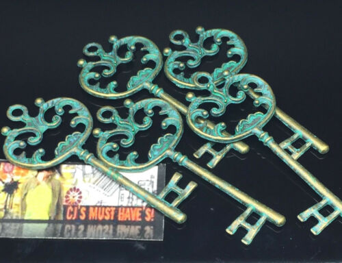 ✿ UK Stock 2 5 VERDIGRIS Patina Turquoise GOTHIC KEY Pendant Charms Necklace