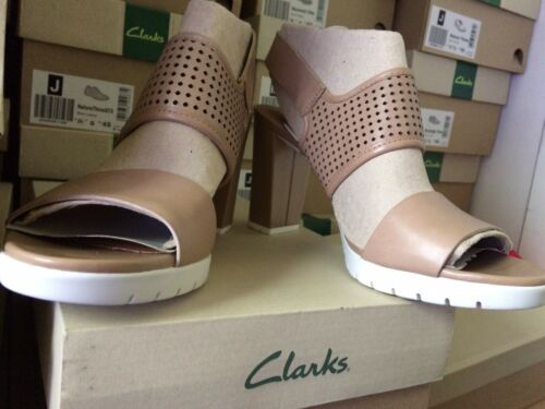 Leather mujer Back Sling £ Malory 7d Zapatillas 60 del Pastina Clarks para Sand Reino Tamaño Rrp Unido w8qYx1pxI