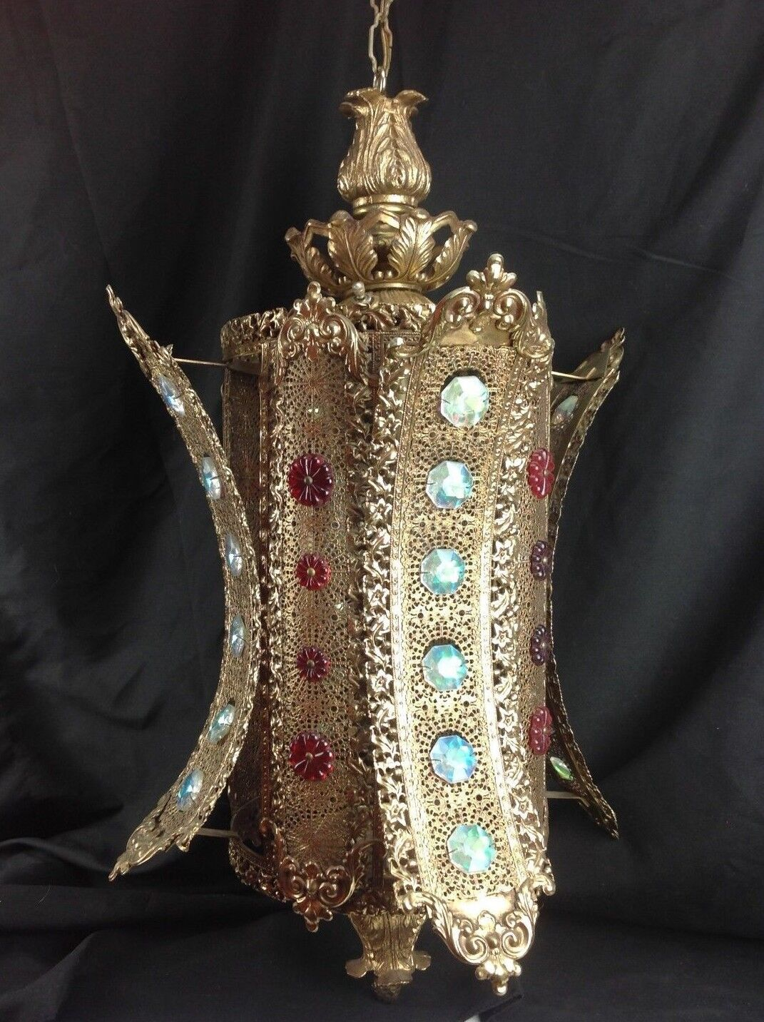 Vtg Gold Metal Filigree MGoldccan Boho Asian Jeweled Hanging Swag Lamp Light Art