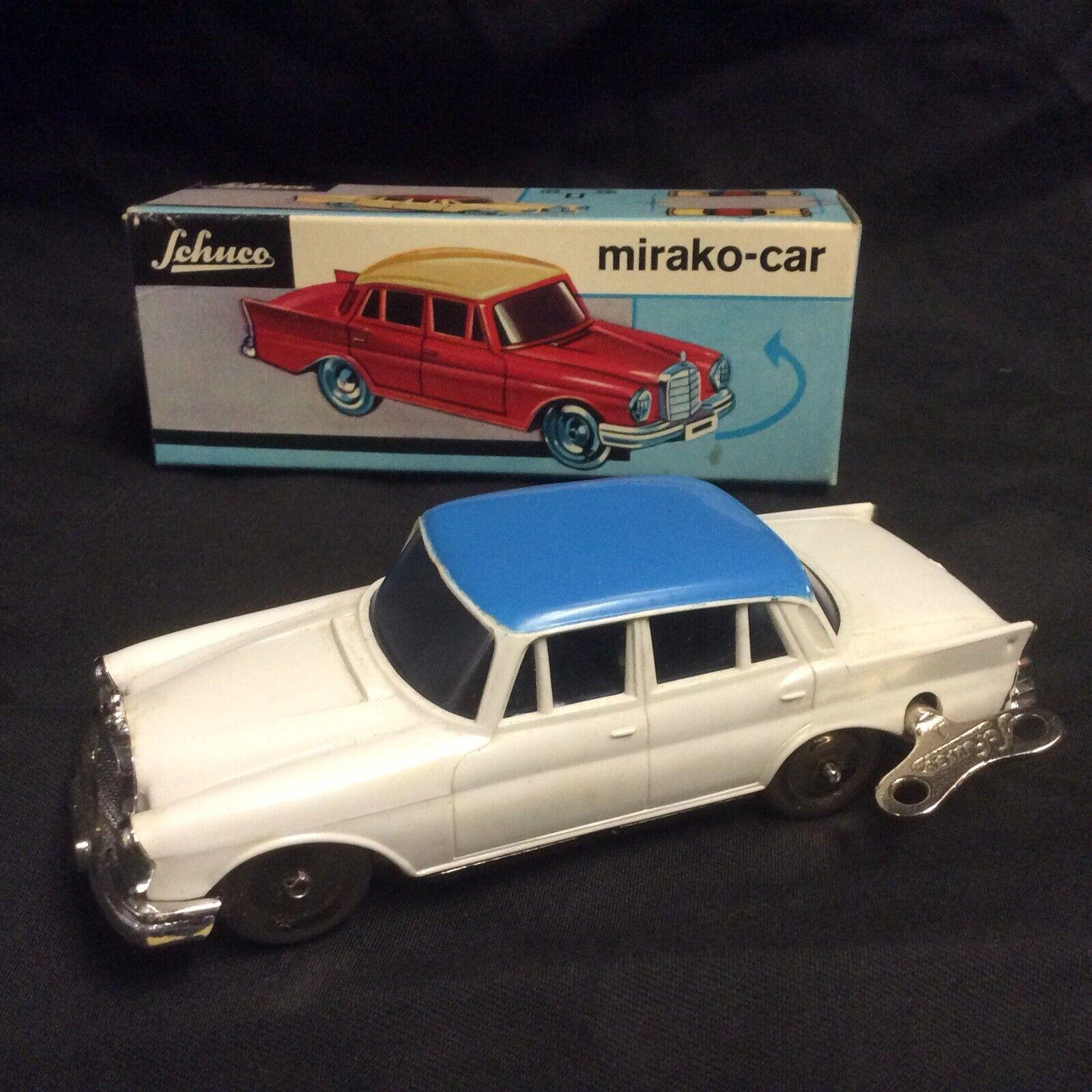 Schuco mirako Coche Vintage Década de 1950 Mercedes con llave 100 1 Alemania Occidental