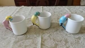 TROPICAL-PARROT-COFFEE-CUPS-MUGS-HAND-PAINTED-PIER-1-IMPORTS-LOT-OF-3