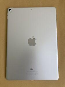 """Apple iPad Pro 2ème Génération 10,5"""" 64 Go Wi-Fi  Tablette - Argent"""