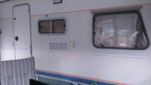 Wohnwagen 590 kg
