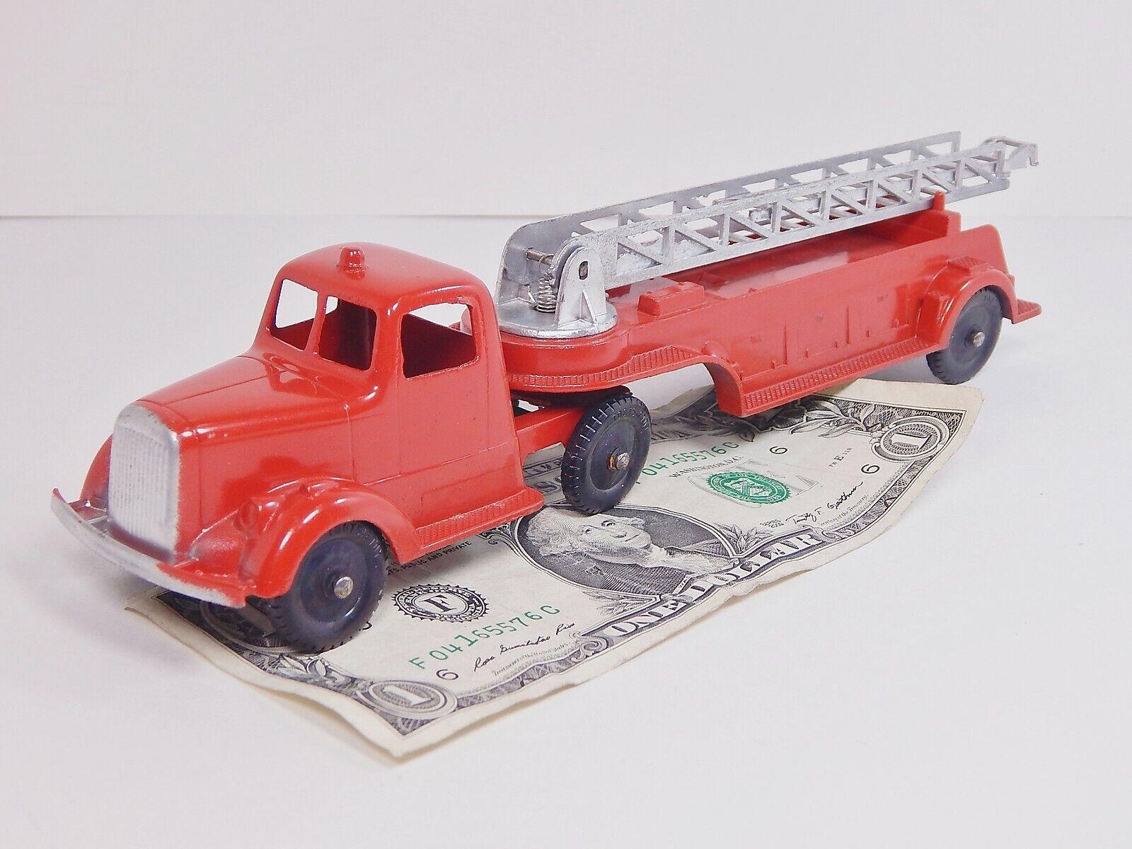 Tootsietoy Vintage 1947 camión de bomberos 489 Mack L línea Gancho y escalera 9  N. MINT, Raro