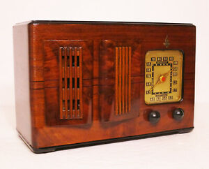 Old-Antique-Wood-Emerson-Ingraham-Vintage-Tube-Radio-Restored-Working-Table-Top