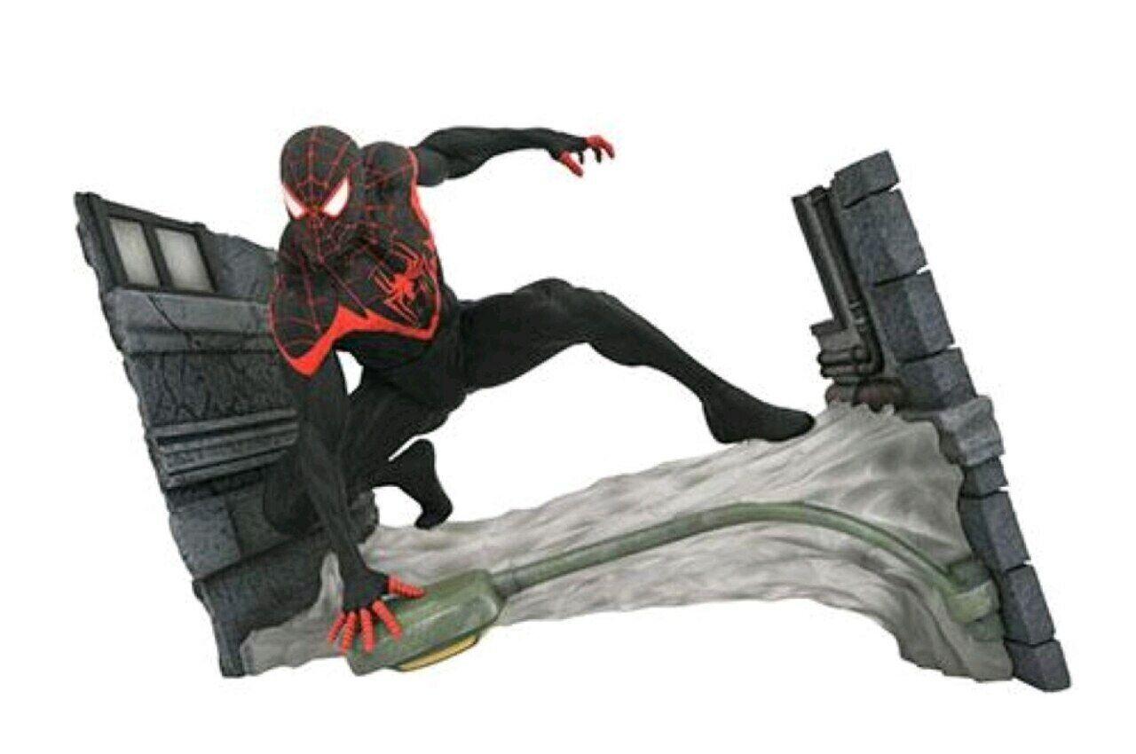 Spider-Man - Miles Morales Gallery PVC Diorama-DSTJUL189197-DIAMOND SELECT TOYS