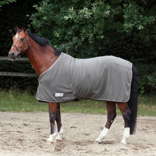 Coperta per cavallo in pile con cinghie sottopancia
