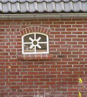 Groß, Gussfenster, Eisenfenster, Stallfenster, Fenster, Eichenblatt an der A31