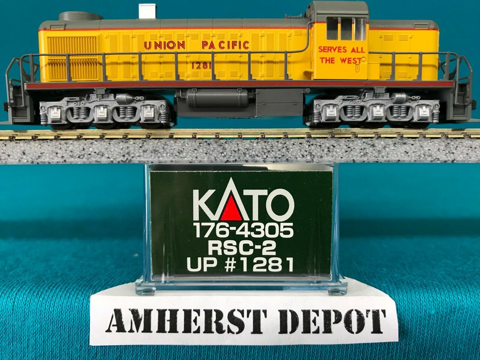 176-4305 Union Pacific UP Kato N Scale RSC-2 Made in Japan NIB