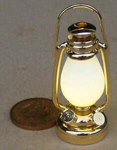1 12 Echelle De Travail Del Laiton Victorien Batterie Lampe A Huile