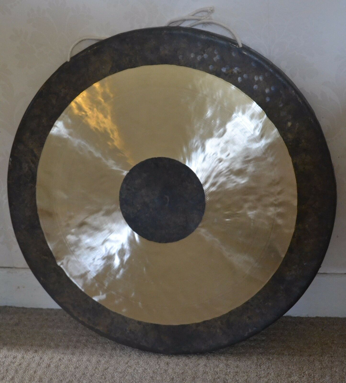 Bronze handcrafted Chau Gong 18