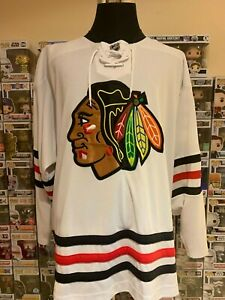 067a592f532 Image is loading NHL-Chicago-Blackhawks-2XL-7370a-2015-Winter-Classic-