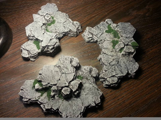 Dungeon and Dragons Outdoor Cliffs compatible with HeroScape, Dwarven Forge, and