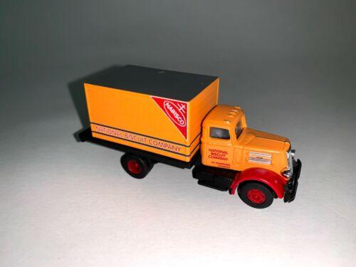 Classic Metal Works CMW Box Trucks Lot Ford Chevrolet HO Scale 1:87 Custom