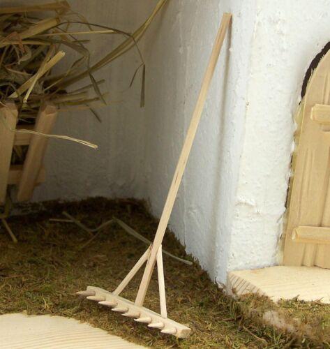 Natur belassen Für Krippe oder Puppenhaus. 12 cm Miniatur Rechen aus Holz