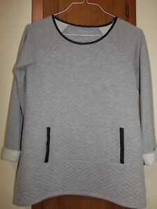 SOFT-SURROUNDINGS-Long-Sleeve-Gray-Tunic-With-Black-Trim-Size-PXS