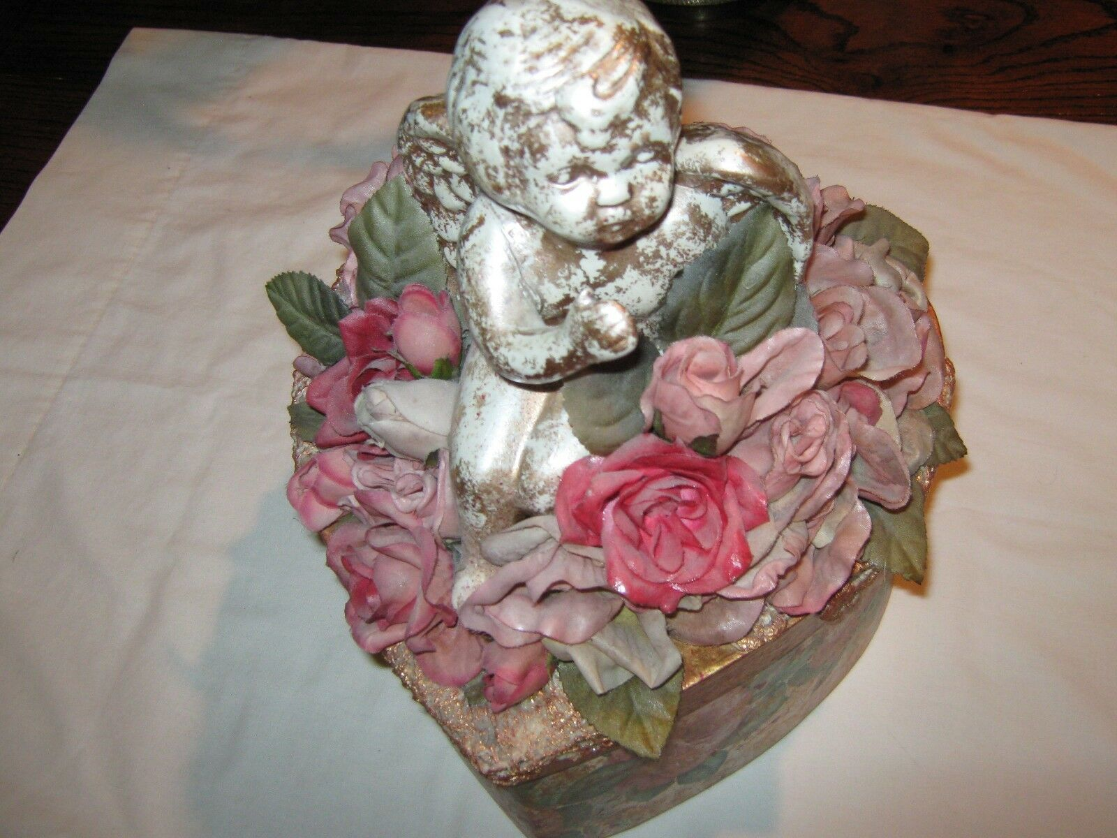 DECORATIVE HEART BOX WITH ARTIFICIAL FLOWERS AND ANGLE