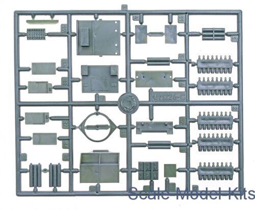 Unimodel 226 TM30 Cargo Carrier Scale Plastic Model Kit WW II 1//72 scale kit