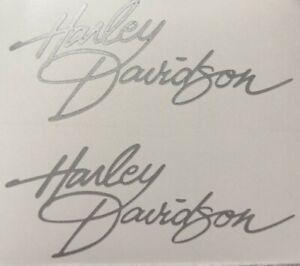 2-Stueck-Harley-Davidson-HELM-Aufkleber-silber-10-4cm