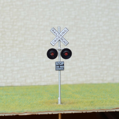 HO Scale railroad crossing signals LED made 2 target faces silver Details about  /1 x OO