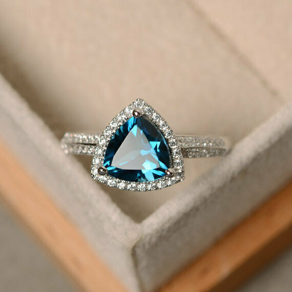 14K Solid White gold 2.10 Ct Trilliant Diamond Topaz Engagement Ring Size 6