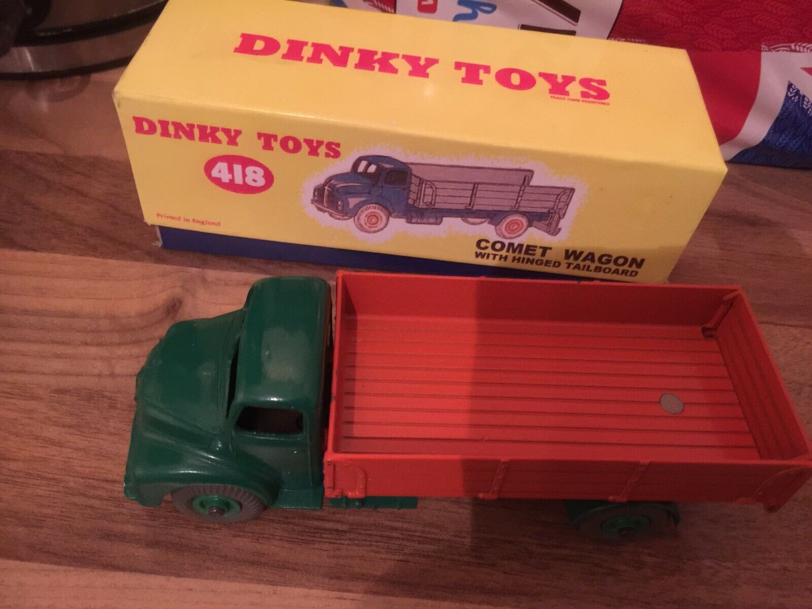 DINKY TOYS 418, LEYLAND COMET WITH HINGED TAILBOARD.