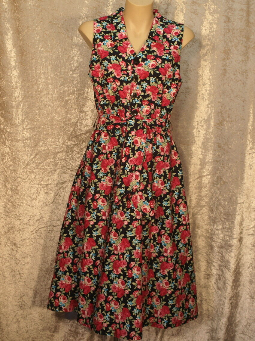 1950 Summer Cotton Dress with floral vine pattern & collar