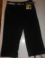 Ladies Lee Natural Fit Black Capri Pants with Belt Sizes 4P, 12P, 4 Medium