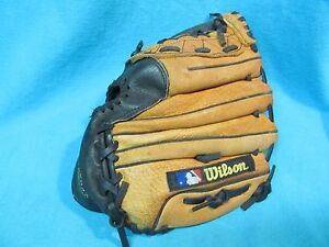 Vintage 10 Youth Size Wilson A2495 T Ball Baseball Mitt Left Hand