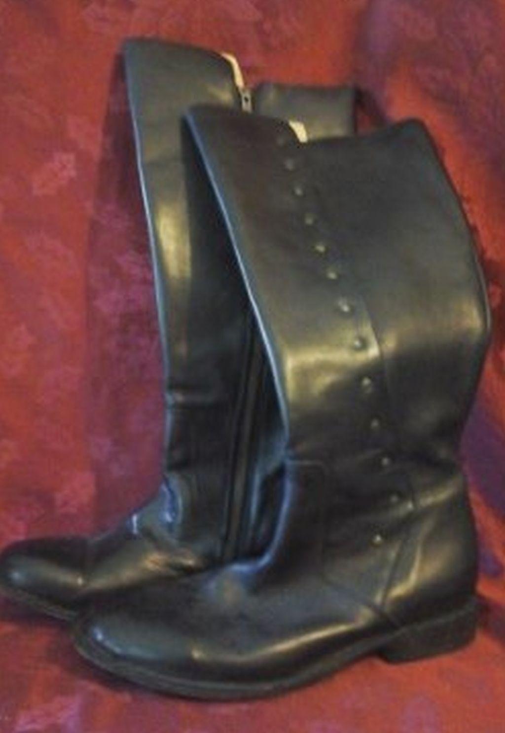 Bed Stu Cobbler Series Women's Boots  sz 8