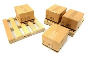 C26622-Integy-Realistic-Wooden-Pallet-amp-Packaging-Box-Kit-for-1-10-Scale-Crawler