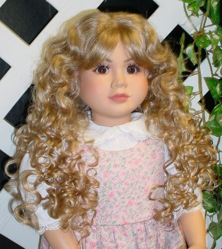 Others Modeled diff size Doll Wig Monique BLONDE #102 size 8//9 Fits SD BJD