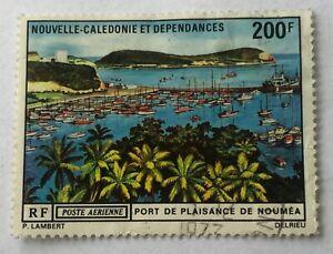 Timbres-Nouvelle-Caledonie-Poste-Aerienne-Yvert-et-Tellier-N-121-Oblitere