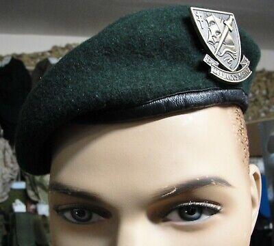 Béret de l/'Infanterie avec son insigne et macaron taille 58 NEUF Armée Française