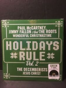 Paul-McCartney-Jimmy-Fallon-And-The-Roots-Decemberists-Holidays-Rule-GREEN