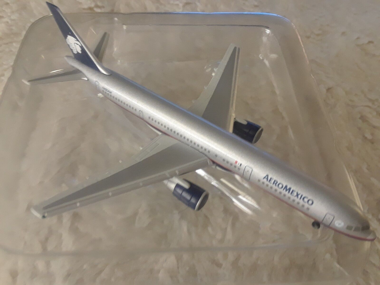 1 500 Herpa Wings Aeromexico 757