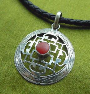 !!! Tolles Amulett Aus Nepal Kalachakra Mandala Mit Koralle!!! GüNstigster Preis Von Unserer Website