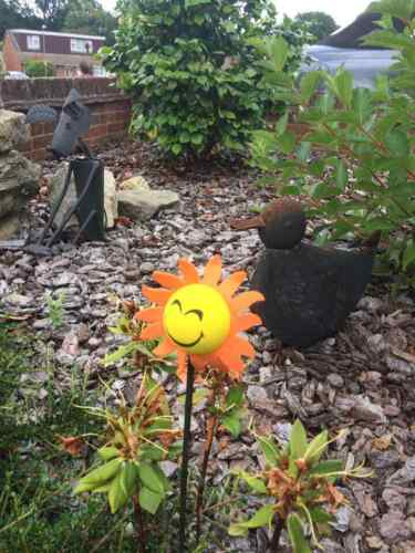 5 Sunflower cane toppers.eye protectors free postage brighten up your garden