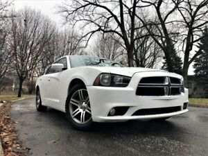 Dodge Charger SXT 2014 3.6L V6 292 Hp in great condition