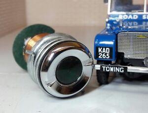 Land Rover Series 1 80 Dash 238019 Green Oil Pressure Warning Light Chrome Bezel