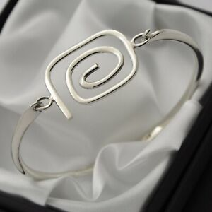 Swirl-Design-Opening-Bangle-Bracelet-in-Plain-Solid-925-Sterling-Silver
